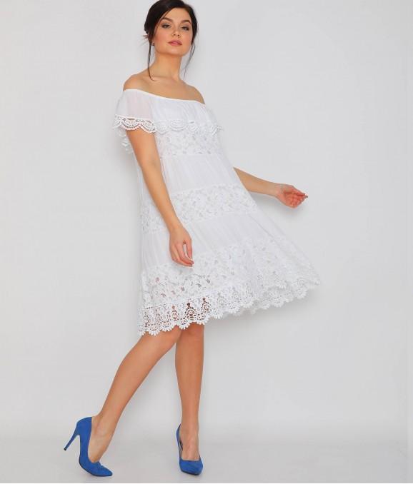 Dantel Motif Beyaz Bayan Elbise
